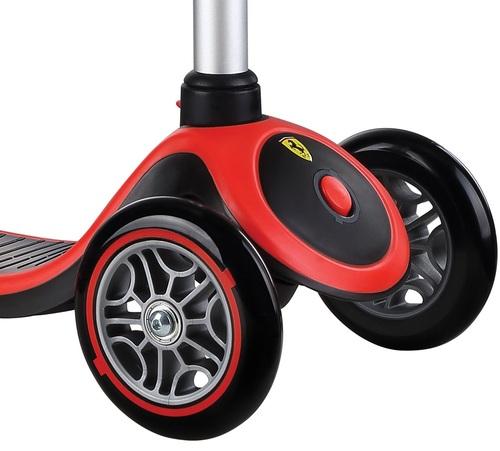 קורקינט לילדים פרימו פלוס בעיצוב פרארי Ferrari עם ידית בגובה משתנה - משלוח חינם - תמונה 3