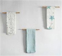 מארז מתנה 3 חיתולי במבוק מעוצבים גדולים - כוכבים כחולים
