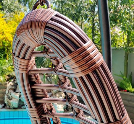 כורסאת ערסל בגימור דמוי ראטן מעוגל עבה במיוחד בעל עיצוב חדשני לבית, למרפסת ולחצר HomeTown  - תמונה 3