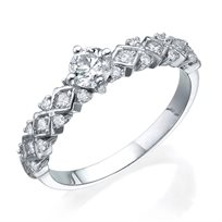 """טבעת יהלומים  """"וינטאג' משולשים"""" זהב לבן"""