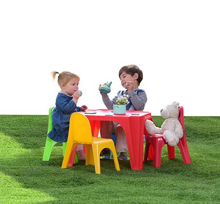 סט שולחן עם 4 כיסאות לילדים