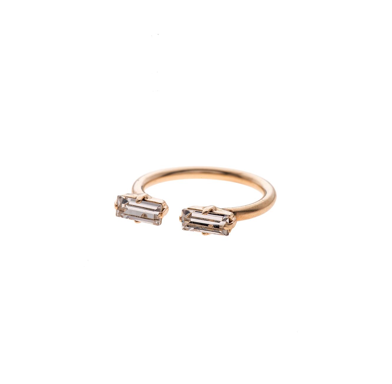טבעת בציפוי זהב עם אבן סברובסקי קריסטל