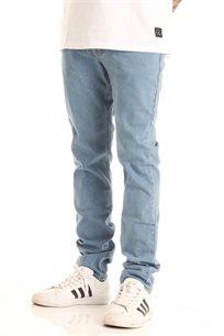 ג'ינס בגזרת סלים פיט SUPPLY בצבע כחול בהיר