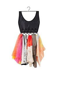 מתלה לצעיפים בעיצוב של שמלה קצרה