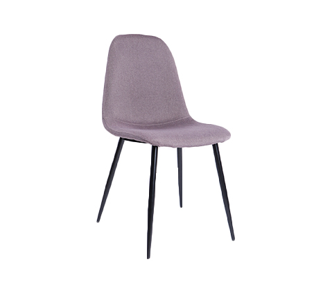 כסא מרופד בעיצוב מודרני וייחודי