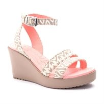 Crocs Leigh Graphic Wedge - נעלי פלטפורמה בשילוב הדפס