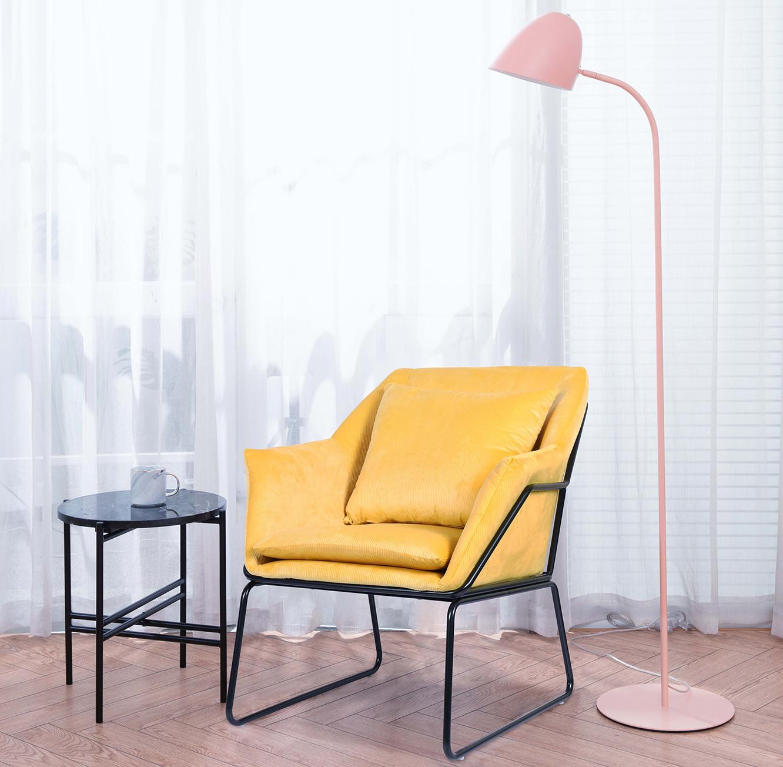 כורסת יחיד בעיצוב מודרני בעלת ריפוד לישיבה נוחה ונעימה לסלון או למשרד - תמונה 2