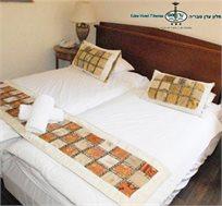 """אירוח ע""""ב לינה וארוחת בוקר במלון עדן בטבריה במרחק הליכה לכנרת החל מ-₪350!"""