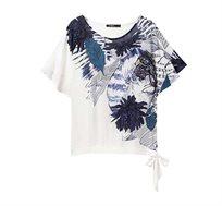 חולצה קצרה עם קשירה בצד בהדפס פרחוני לנשים Desigual דגם Floral Wichitas בצבע לבן/כחול