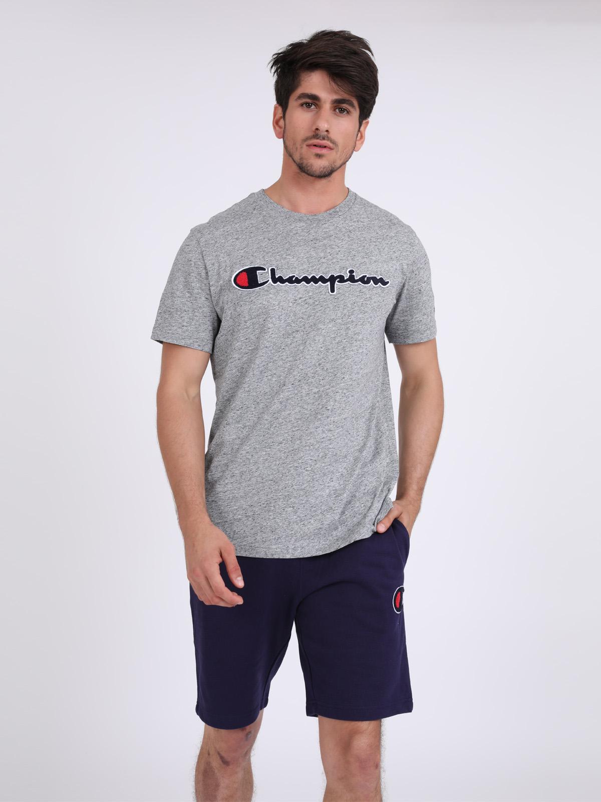 Champion גברים - חולצה בייסיק אפורה