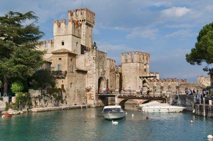 טיול מאורגן לצפון איטליה: מילאנו, מפלי וארונה, יקב, טיול ערב בורונה והפתעות! 7 ימי טיול רק ב-€599! - תמונה 4