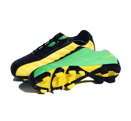 ערכת משודרגת הכוללת נעלי כדורגל + דיסק לימוד תרגילים + 6 כיפות אימון + כדור כדורגל - משלוח חינם  - תמונה 2