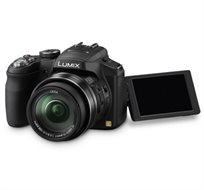 """מצלמה דיגיטלית DMC-FZ200 מבית PANASONIC עם מסך """"LCD 3 מפרקי, עדשת 25mm ו-3 שנות אחריות"""