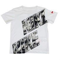 חולצה נייקי קצרה לבנה לפעוטות - NIKE MUDDY BLOCK TEE WHITE